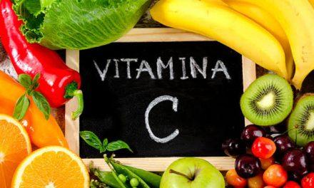 Qual a fruta que tem mais vitamina C?